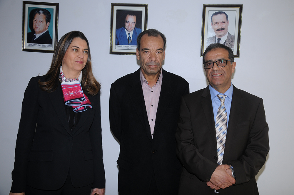 Mme-Nada-Biaz-avec-le-personnel-du-Groupe-ISCAE